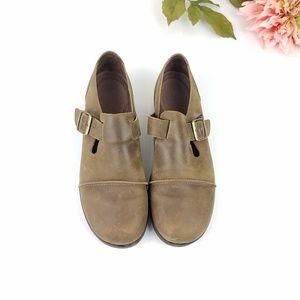 Azaleia Brown round toe Mary Jane style